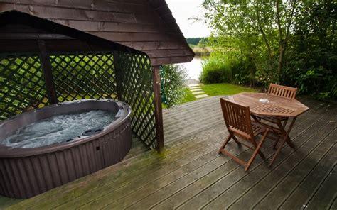 Fishing Log Cabins With Tubs by Luxury Log Cabin S C Tub Sauna
