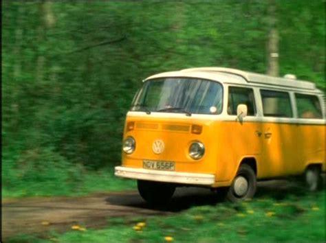 Volkswagen Caravan by Volkswagen Motor Caravan Photo 251343 Complete Collection