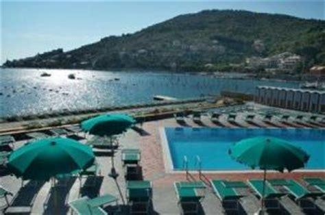 piscina le terrazze la spezia hotel residence le terrazze a portovenere provincia di la