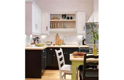 budget kitchen remodeling kitchens under 2 000 16 modern kitchens under 163 10 000 channel4 4homes