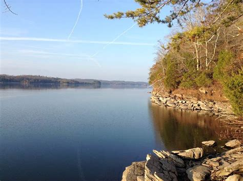 bennington pontoon boat dealers in tennessee five great tennessee lakes for pontoon boating
