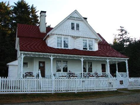 heceta head lighthouse bed and breakfast beautiful place heceta head lighthouse bed and breakfast pictures tripadvisor