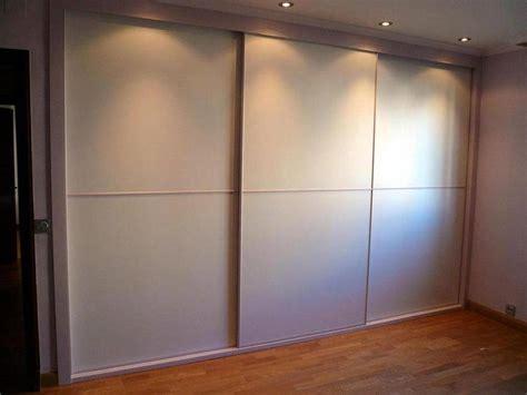 frente de armario empotrado foto frente de armario empotrado de carpinteria madera
