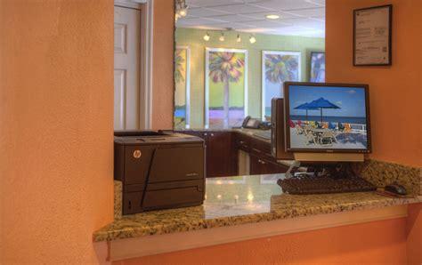 sailport waterfront suites ta ta upto 25 on