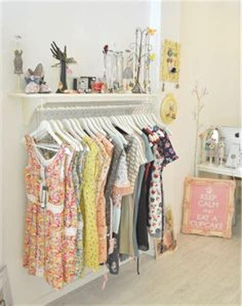 decoracion de tiendas de ropa modernas 1000 images about look shop on concept stores