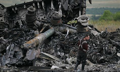malaysia airlines mh 17 crash what happened to malaysian airline mh17 taboodata com