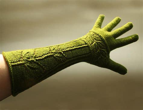 Laris Abstrak Sweater Big Makasar s on knitting january 2010