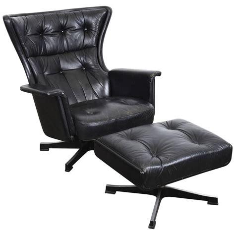 vintage black leather lounge chair swedish mid century modern vintage black leather swivel