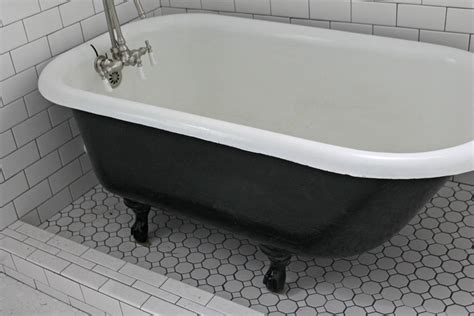 how to get bathtub white bathroom black white clawfoot tub with black cast iron