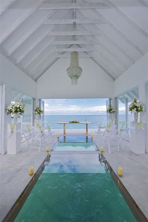 Wedding Aisle On Water by Overwater Wedding Pavilion With Glass Aisle Opens In