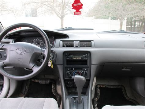 Toyota Camry 1998 Interior by 1998 Toyota Camry Pictures Cargurus