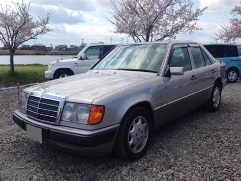 car owners manuals for sale 1993 mercedes benz 300sd regenerative braking service manual 1993 mercedes benz e class remove a pillar cover mercedes benz e class 320e