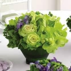 Simple flower arrangements centerpieces