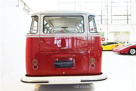 volkswagen microbus 1960 vw microbus de luxe 23 window samba