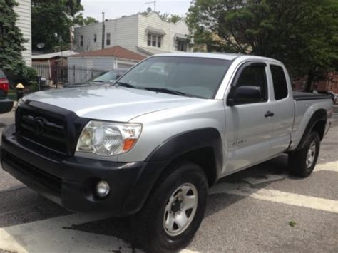 Mpg Toyota Tacoma 2006 Find Used 2006 Toyota Tacoma Sr5 Speed 4 Door Great Mpg 4