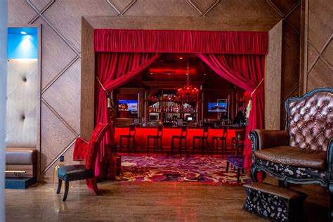 Dining Room Suits by The Saint Hotel New Orleans Play Naughty Sleep Saintly