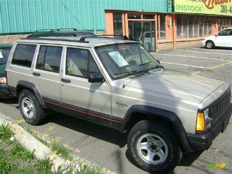 tan jeep cherokee 1996 light driftwood metallic jeep cherokee sport 4wd