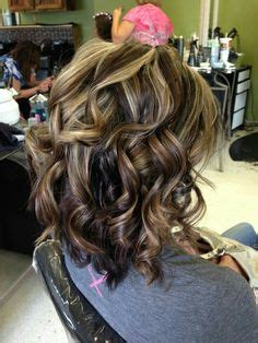 getting lowlioghts and highlights together autumn swirls cherry cola lowlights with blonde