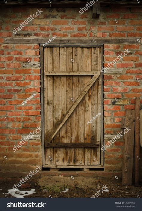 Old Barn Door Stock Photo 125599286 Shutterstock Barn Doors Photography