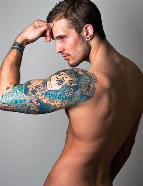 tatuajes en el pubis hombres 46 best images about tatuajes en el hombro para hombres on