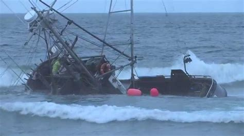boat wrecks youtube fishing boat wrecks at ocean beach san francisco aug 4