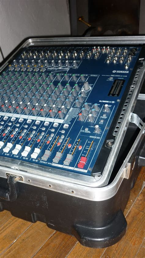 Mixer Yamaha Mg166cx Usb yamaha mg166cx usb image 361260 audiofanzine