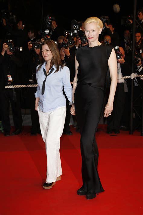 celebrity videos red carpet videos movie trailers tilda swinton in celebrities walking the red carpet at