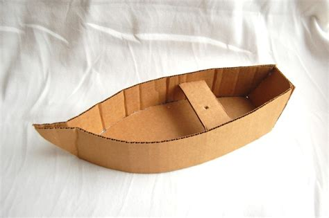 how to make a boat from a cardboard box creative chronicles of narnia inspired diy cardboard boats