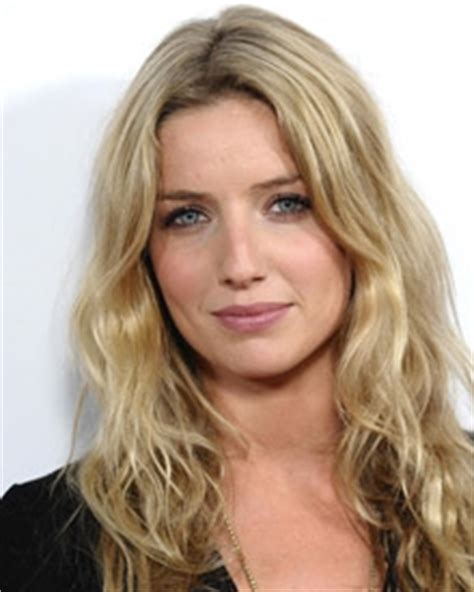 annabelle brady annabelle wallis biography wiki dob family profile