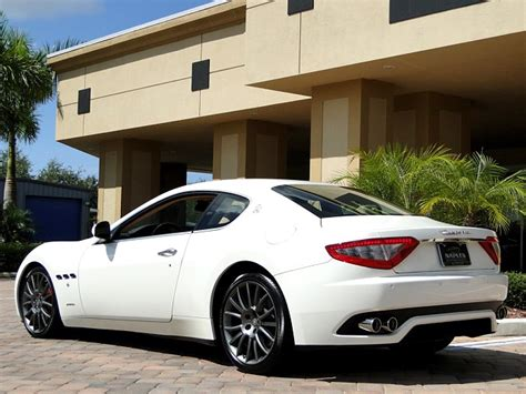 white maserati rear 2008 maserati granturismo white 200 interior and