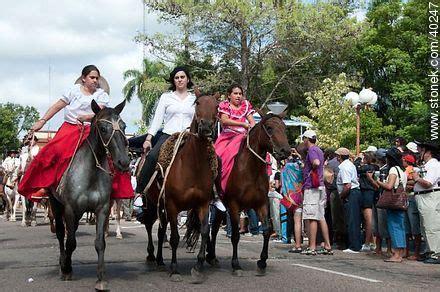 fotos de nenas mamando a caballos mujeres gauchas a caballo buscar con google argentina