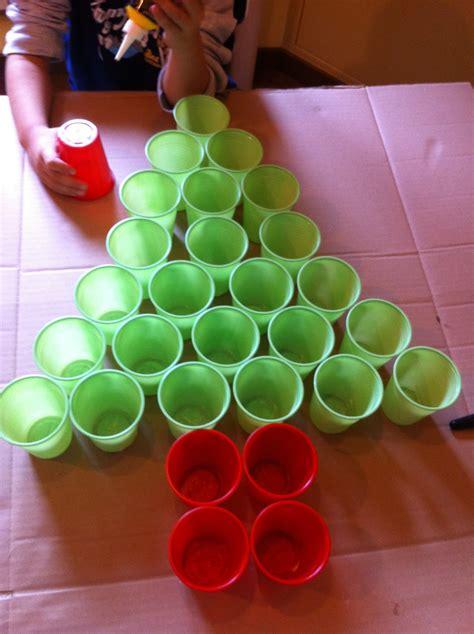 Ladario Con Bicchieri Di Plastica - calendari dell avvento facciamo festa insieme