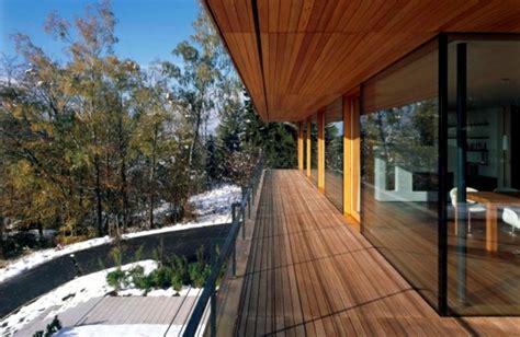 fliesen für balkon fliesen balkon design