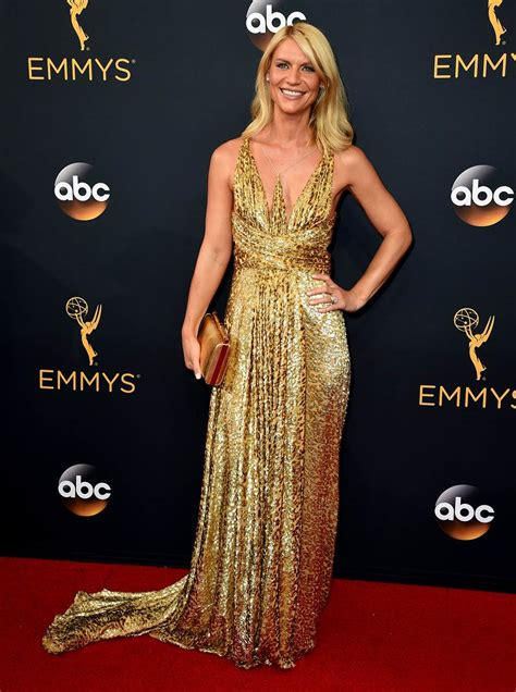 The Carpet Looks At The 2007 Emmy Awards by Emmys 2016 Carpet See The Best Dressed Today
