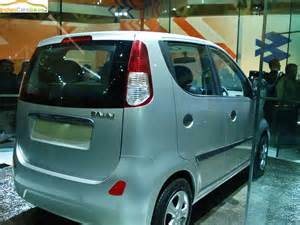 bajaj new small car renault bajaj small car photo gallery image 2