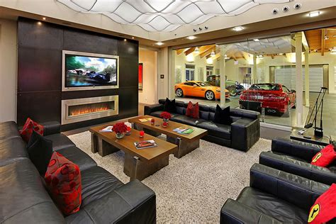2 bedroom house in washington centered around a 16 car