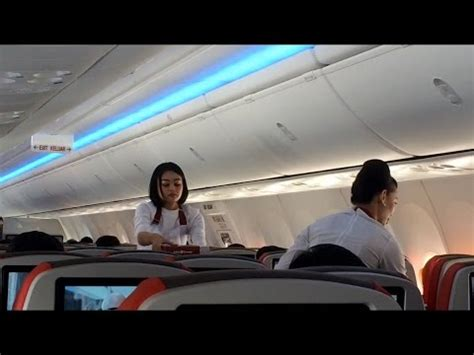 review of batik air flight from jakarta to singapore in batik air id7043 flight review jakarta halim to solo