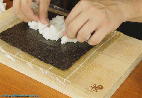 How To Make Seaweed Paper - sushi roll recipe make sushi