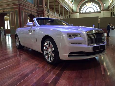 roll royce australia rolls royce dawn rolls royce enters new dawn goauto