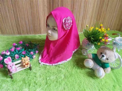 Jilbab Anak Eksklusif Eksklusif Paket Gamis Bayi Plus Jilbab Dan Sepatu Boots