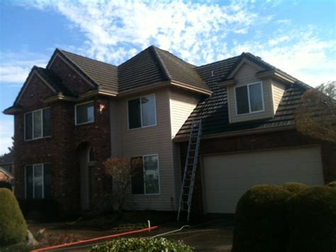 tile roof cleaning portland we do tile roof cleaning as well tile roof cleaning