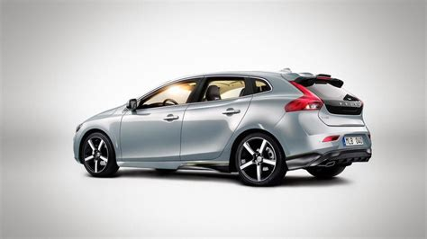 volvo otr 2013 volvo v40 pricing announced for uk from 163 19 745 otr