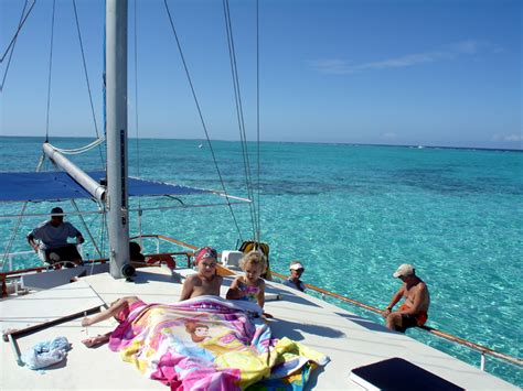 catamaran sailing grand cayman grand cayman stingray city sandbar catamaran sailing