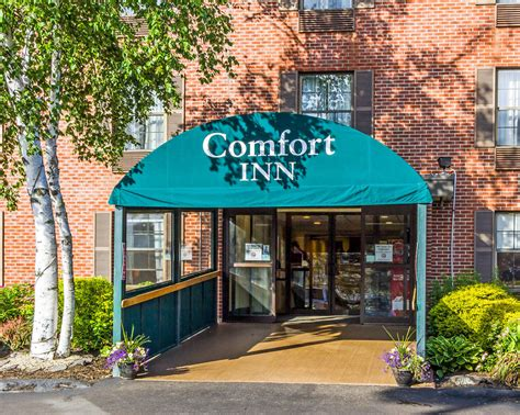 comfort inn on book comfort inn airport south portland hotel deals