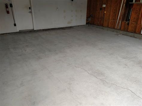 Concrete Garage Floor Resurface in Bear, Delaware