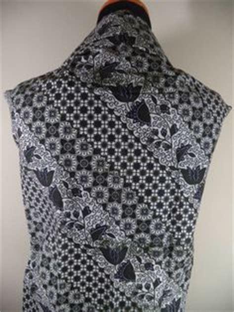 Kain Batik Cap Follisima 006 kain batik motif bunga hitam putih batik tulis kombinasi cap tradisional handmade bahan katun