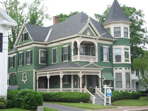 queen anne style house plans how to paint a victorian style home