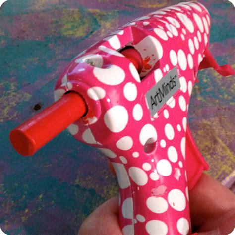 gun crafts for riot tip use a glue gun to melt crayons diy craft riot