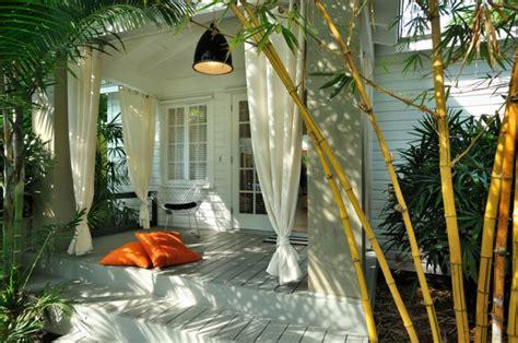 Charmant Planter Des Bambous Dans Son Jardin #6: Planter-des-bambous-id%C3%A9e-d%C3%A9co-pour-le-patio-moderne2.jpg