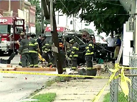 daycare kansas city four injured after car plows into kansas city daycare cbs news